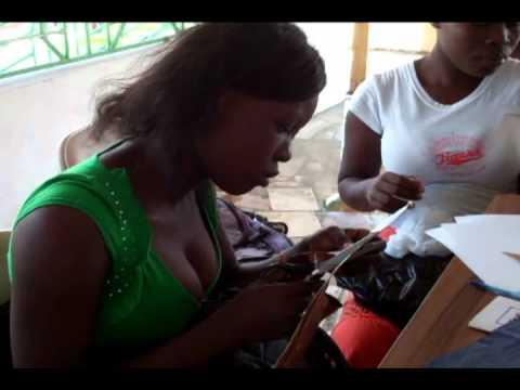 Activite de Formation en Artisanat d'Art Haiti Participative & Unicef
