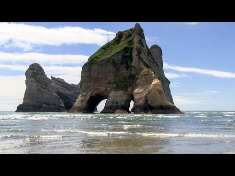 Wharariki Beach - New Zealand