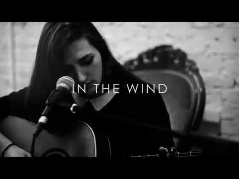 Marla - † In The Wind † Acoustic