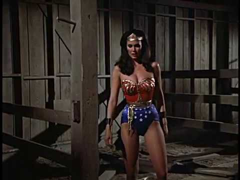 Wonder Woman vs Alien Caveman Special Edition thumbnail
