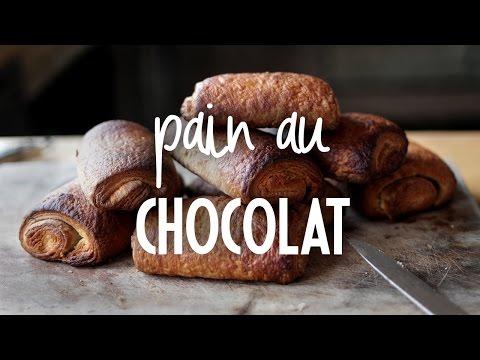 Pain au Chocolat | Rendez-vous à Paris