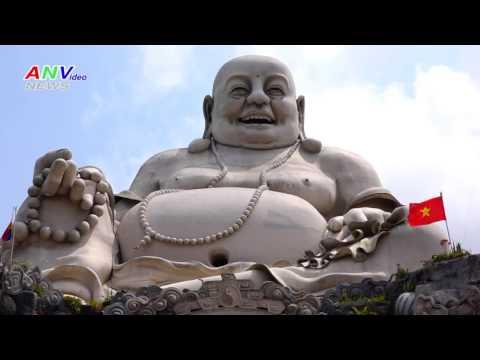 Tượng Phật Di Lặc lớn nhất Châu Á trên Núi Cấm Châu Đốc
