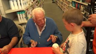 Ralph Kiner SIgning Autographs