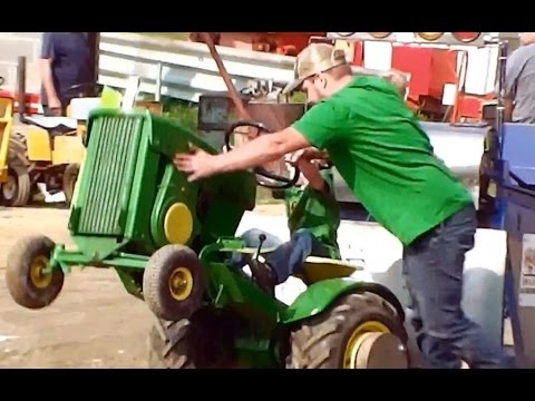 Lawn Mower Racing >> Garden Tractor Pull at Fair - Washington County