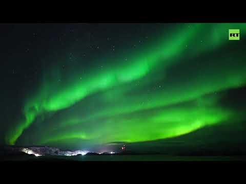 RT: Aurora Borealis | Incredible Northern lights ripple across Murmansk sky