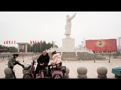 Xi Jinping's power grab welcomed in Chinese communist model village