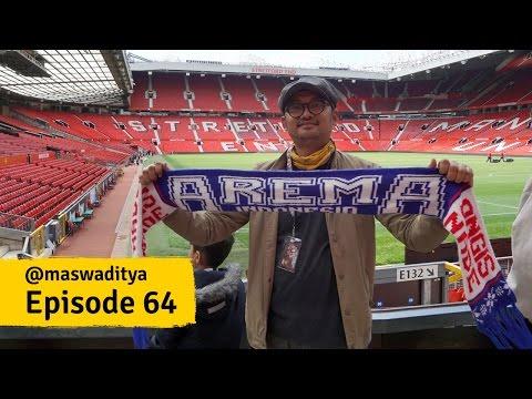 Mengunjungi Stadion Old Trafford Manchester United