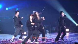SNSD Concert- Yuri solo dance w/ Minho (SHINee) @ Shanghai (100417)