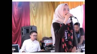 Video Nissa Sabyan - Qomarun download MP3, 3GP, MP4, WEBM, AVI, FLV Januari 2018