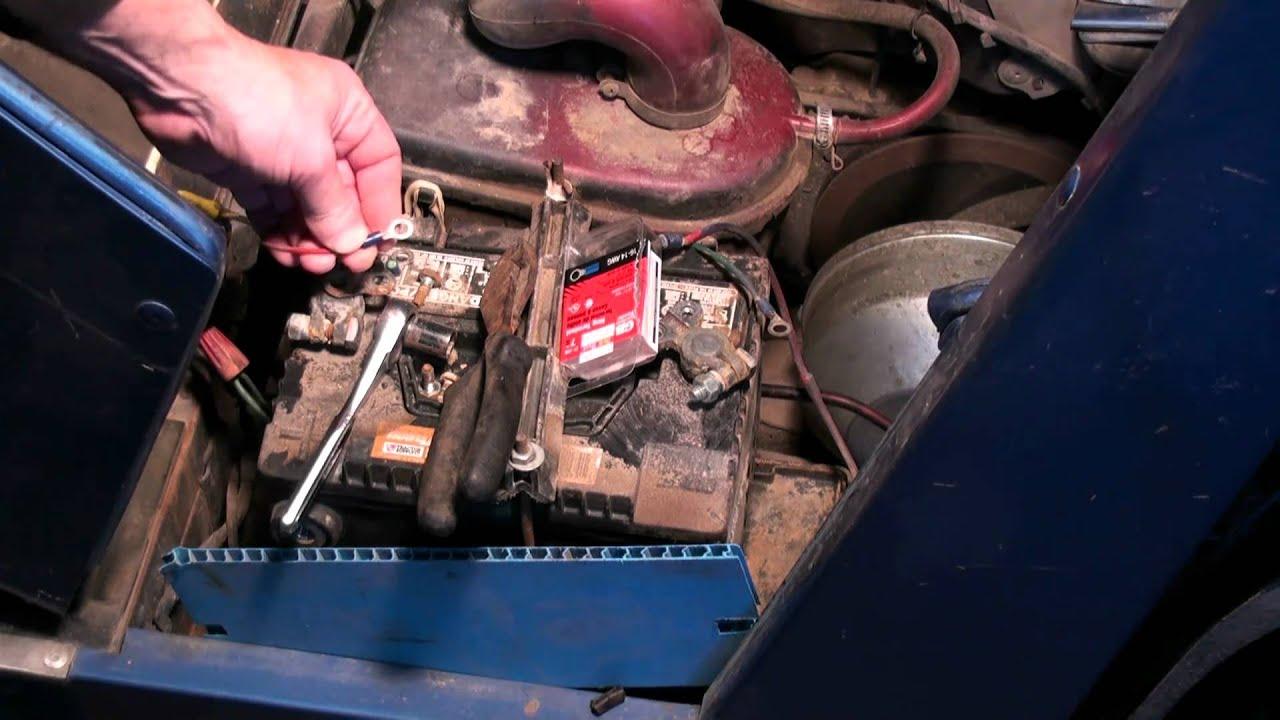 yamaha g2 golf cart tuneup battery airfilter carburetor part 2 [ 1280 x 720 Pixel ]