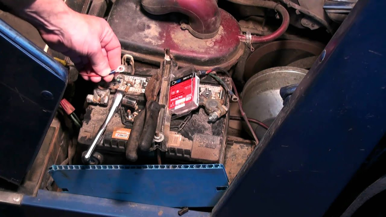 small resolution of yamaha g2 golf cart tuneup battery airfilter carburetor part 2