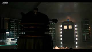 Doctor Who - New Year's Day Special - 'Resolution' - TARDIS Materialisation 4