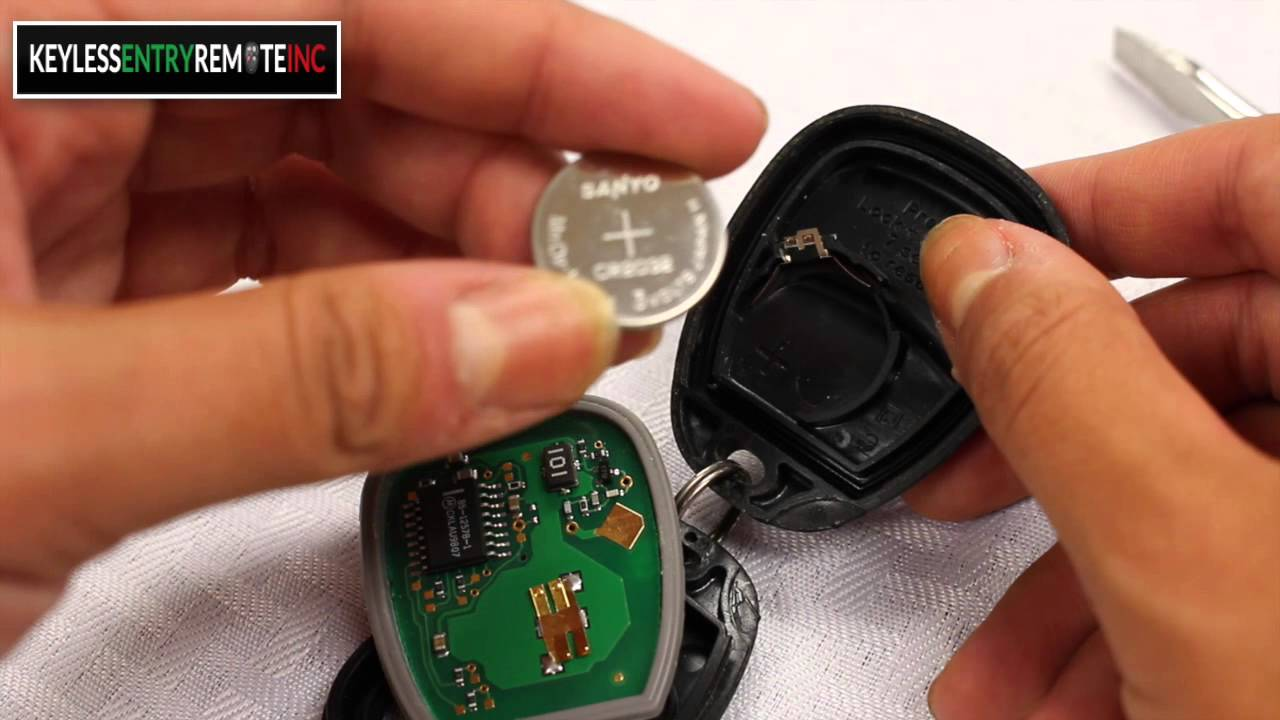 How To Replace Chevrolet Venture Key Fob Battery 1999 2000 Youtube