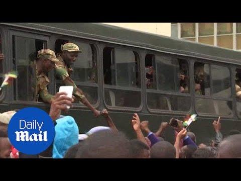 Crowds Cheering The Military, Chanting Anti-Mugabe Slogans - Daily Mail