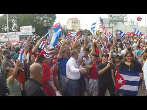 ¡Cuba libre! Miami es una fiesta con la muerte de Fidel Castro
