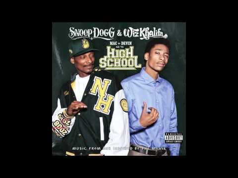 6:30 - Snoop Dogg & Wiz Khalifa - Mac and Devin Go to High School