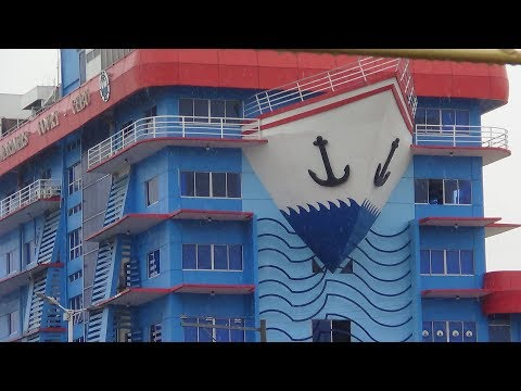 HOTEL CONSTRUCTION FOOTINGS UPDATE GIETZ ROCK BUCKET KNOCK OFF IN THE PHILLIPPINES  gopr2849