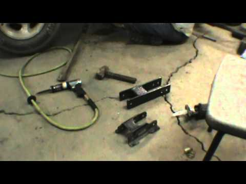 installing home made shackles in a ford explorer youtube. Black Bedroom Furniture Sets. Home Design Ideas