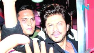 Yes or No: Is SRK responsible for Vadodara station chaos?