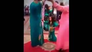 للكبار فقط: رقص مثير للنساء  بأحد الافراح المغربية..!