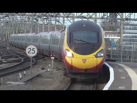 Trains at Stockport | 30/10/2017