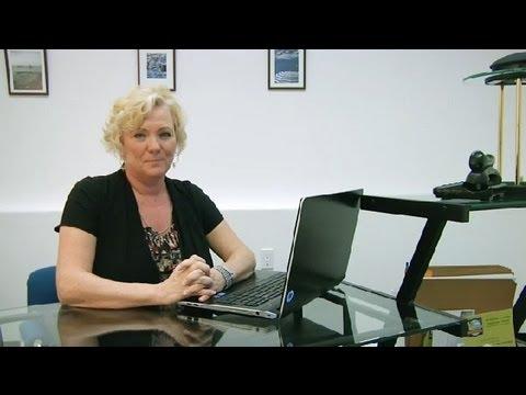 Salary of an Insurance Broker : Becoming an Insurance Broker