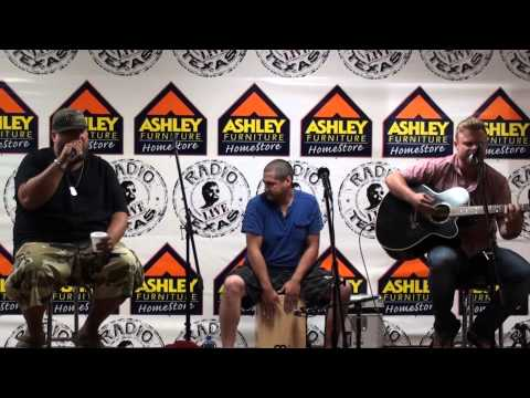 """Big Smo performs """"Got Me""""  from his album """"Kuntry Livin'"""""""