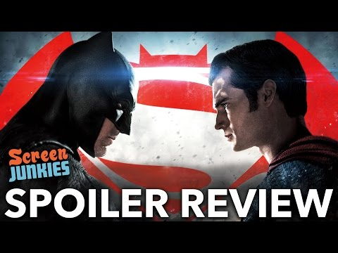Batman V. Superman Secrets & Spoiler Review!