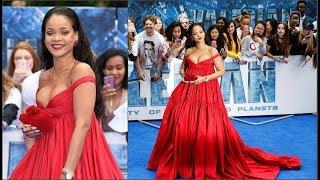 Певица Рианна в откровенном платье очаровала поклонников