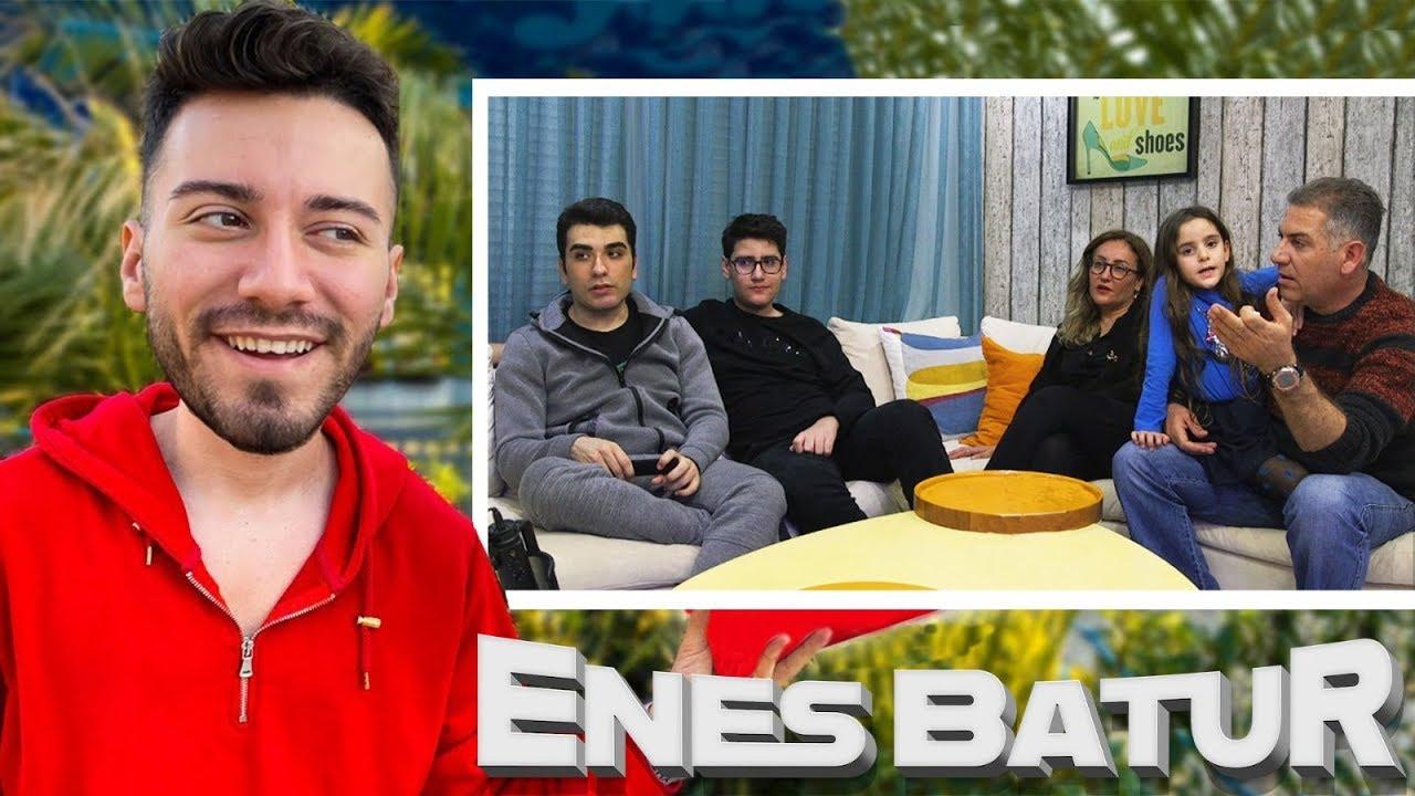 Enes Batur Un Ailesi Enes Batur Izliyor Youtube