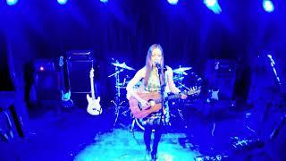 """KATJA VON BAUSKE - Live - """"SCHEIN"""" in Shanghai 育音堂 上海第一家摇滚现场酒吧"""