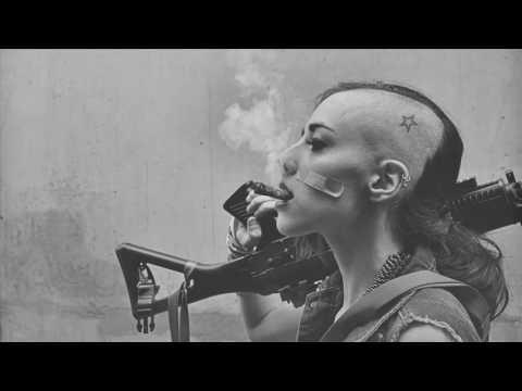 Snoop Dogg - Revolution feat October London