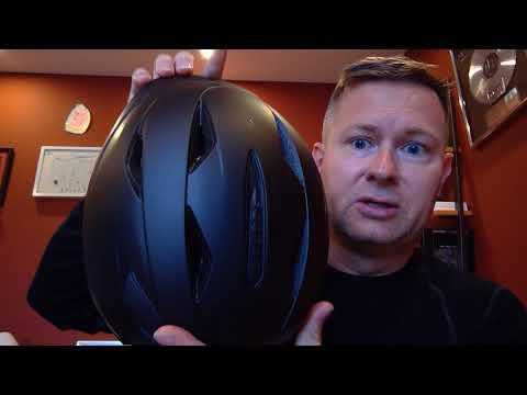 OutdoorMaster Ski Helmet Pro w/airflow and adjustable Fit