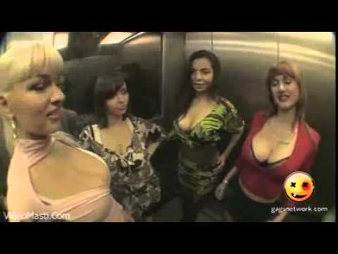 Big B00bs Ke Bich Mein Phas Gaye   Very Funny Prankvideomasti com thumbnail