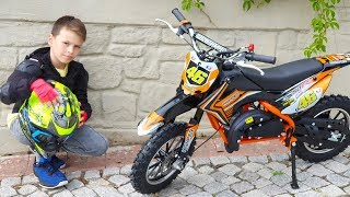 ALİ YENİ BENZİNLİ MOTOR KULLANIYOR Cute Little Boy Ride on Power Wheel Cross Mini Bike for Kids