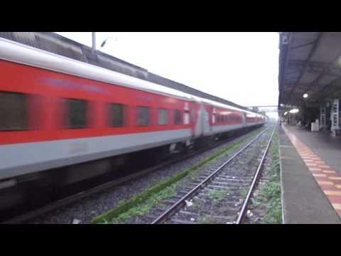 Indian Railways- Need for speed- Rajdhani, Duronto, Shatabdi Expresses doing top speeds!