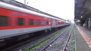 Indian Railways- Need for speed- Rajdhani, Duronto, Shatabdi Expresses doing top speeds!