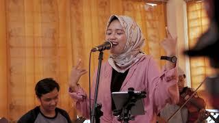 Setangkai Anggrek Bulan -  Broery Marantika & Emilia Contessa   Bella Nadinda Cover Keroncong