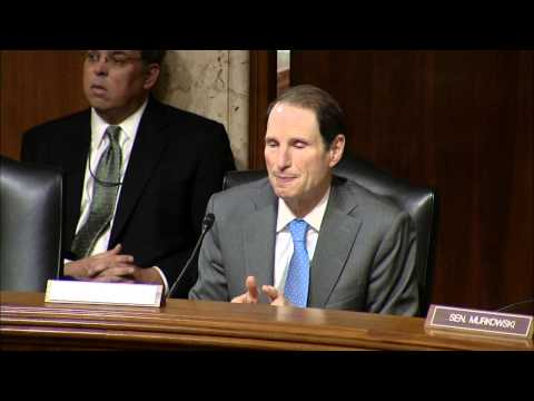 Wyden Opening Statement in National Parks Funding Hearing