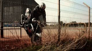 DRIFTING MOTORBIKE - PEOPLE ARE AWESOME 2012