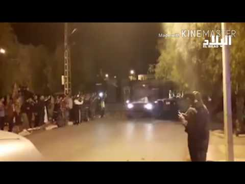 Watch what happens when a algerian army passes through the cities of algeria