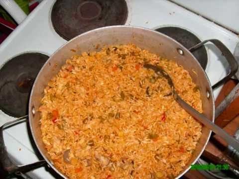 how to arroz con pollo de costa rica youtube. Black Bedroom Furniture Sets. Home Design Ideas