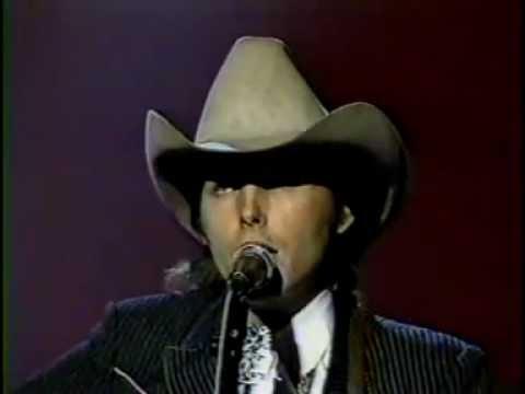 Dwight Yoakham - I Sang Dixie (Live)