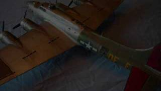 Model B 17 Flying Fortress 1/48 scale