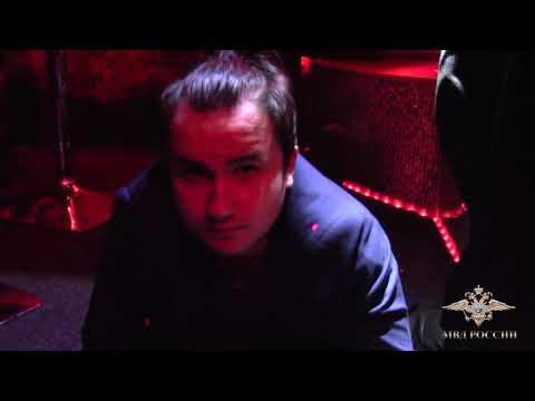 В Твери официанток и танцовщиц стриптиз-клубов привлекали к занятию проституцией