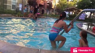 Kids Swimming In The Pool./Дети купаются в бассейне.