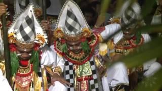 Tari Baris - Baris Pengider Bhuwana Ubud