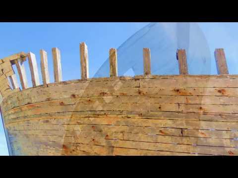 cimetiere de bateaux france morbihan...Boat cemetery french