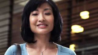 "Verizon Ying Yuen Commercial ""Mall moment"""