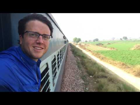 Agra, India Travel Vlog: Folan Finds Trip Around the World Day 11